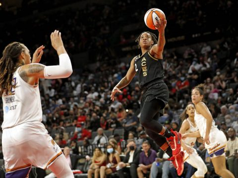 Las Vegas Aces guard Riquna Williams (2) lays up the ball during the second half of Game 1 in t ...